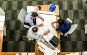 Working With Your Commercial Construction Contractor to Stay on Schedule